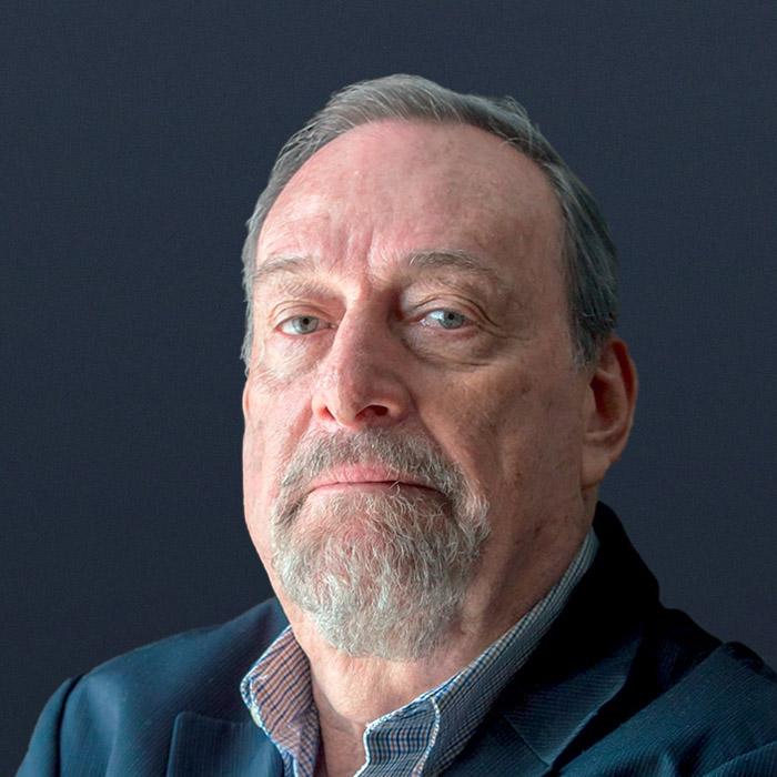 Dr. Ernesto Neumann